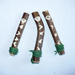 Dřevěné vyřezávané píšťalky